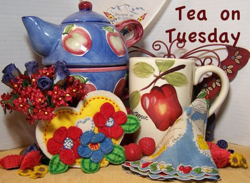 apple tea-pot and mug