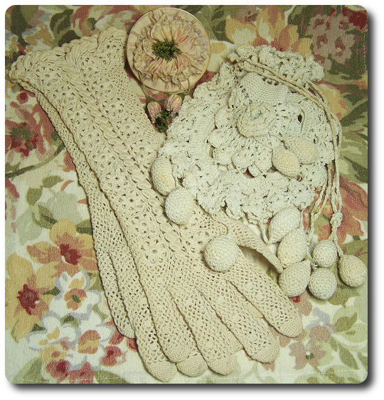 crochet purse and gloves