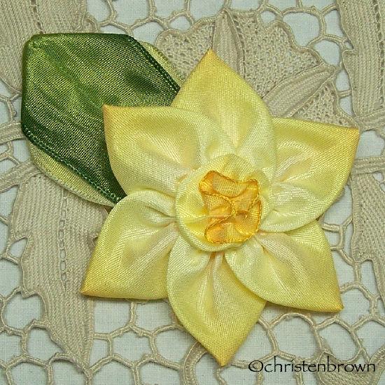 ribbonwork daffodil