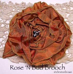 rosenbudbrooch